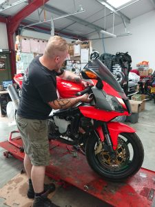 International motorcycle service & repair, mono motorcycles