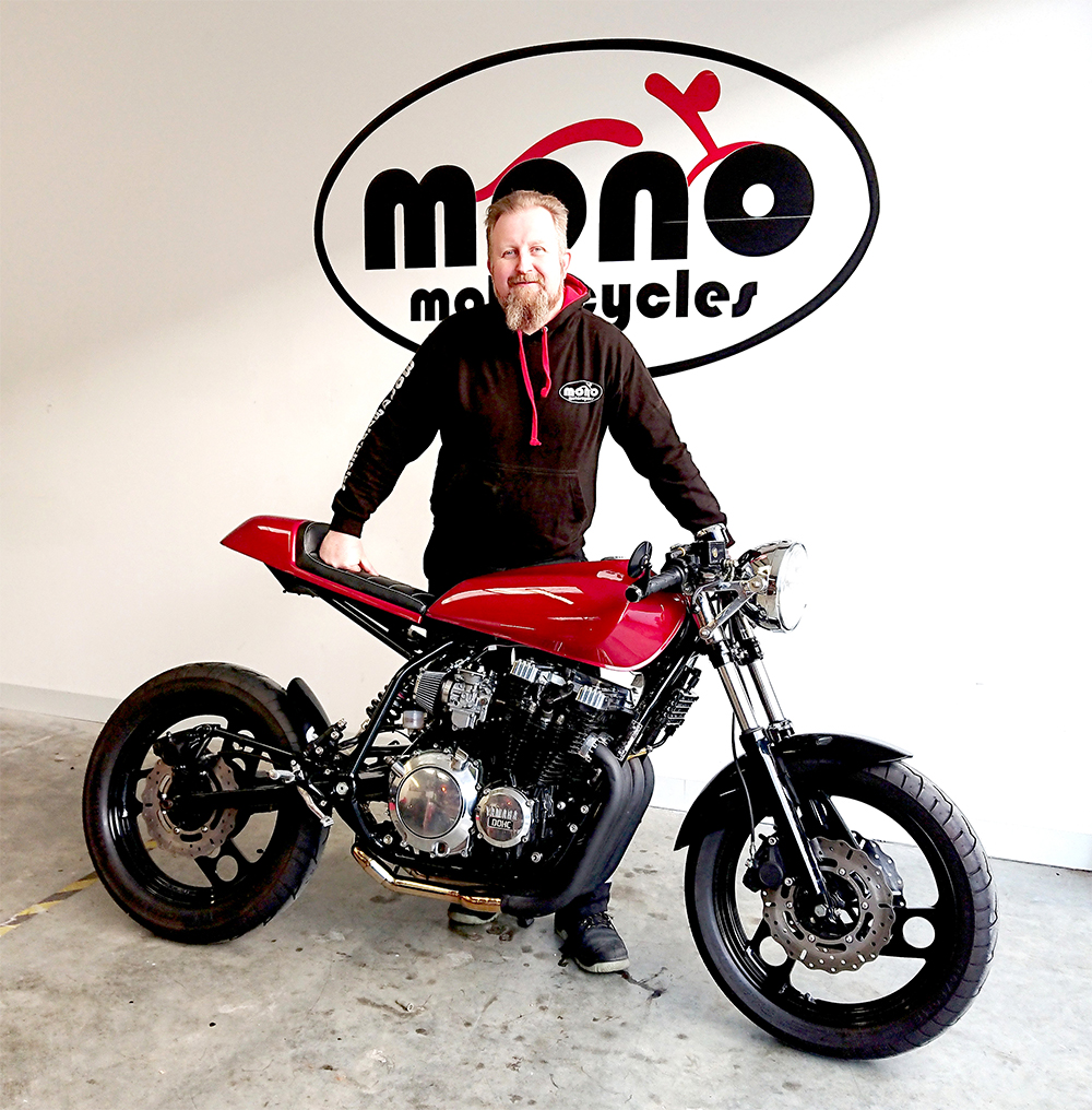 Daniel Morris with the Yamaha XJ900 Cafe Racer after installing the 'motogadget' m.unit blue.