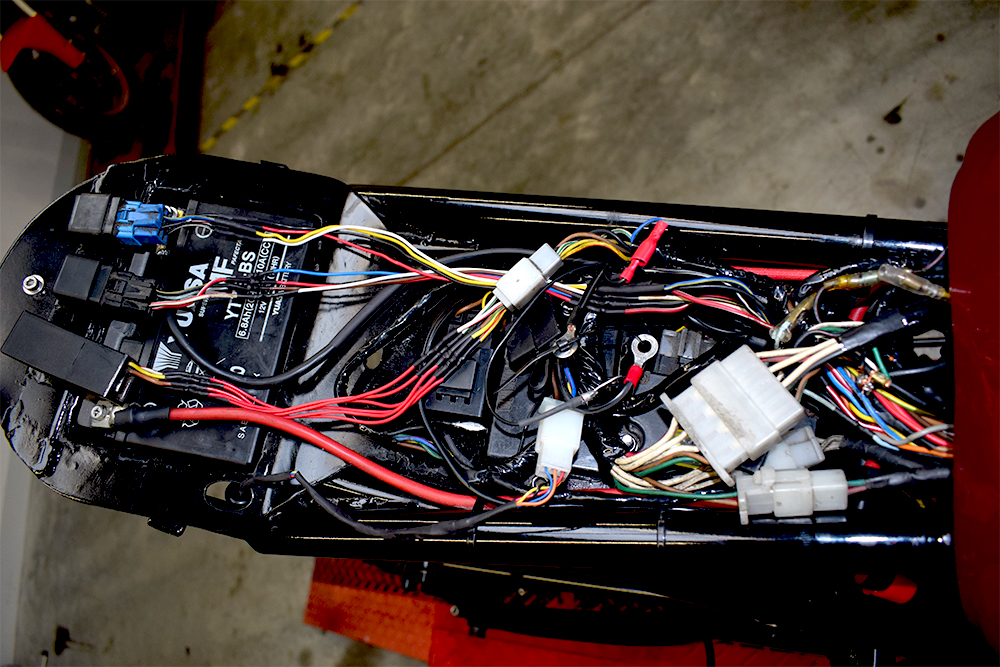 The wiring on the Yamaha XJ900 Cafe Racer when it arrived in the mono motorcycles workshop.