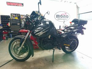 Last Thursday we welcomed a Triumph Tiger 955i to the workshop.