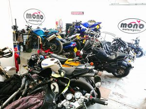 It's been another busy week at the mono motorcycles with a varied collection of 2 & 4 wheeled machines! gracing our doors.