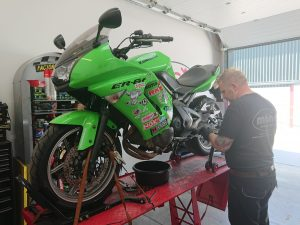 Upon our return, we welcomed the Kermit green Kawasaki ER6F for a full service & headstock assessment.