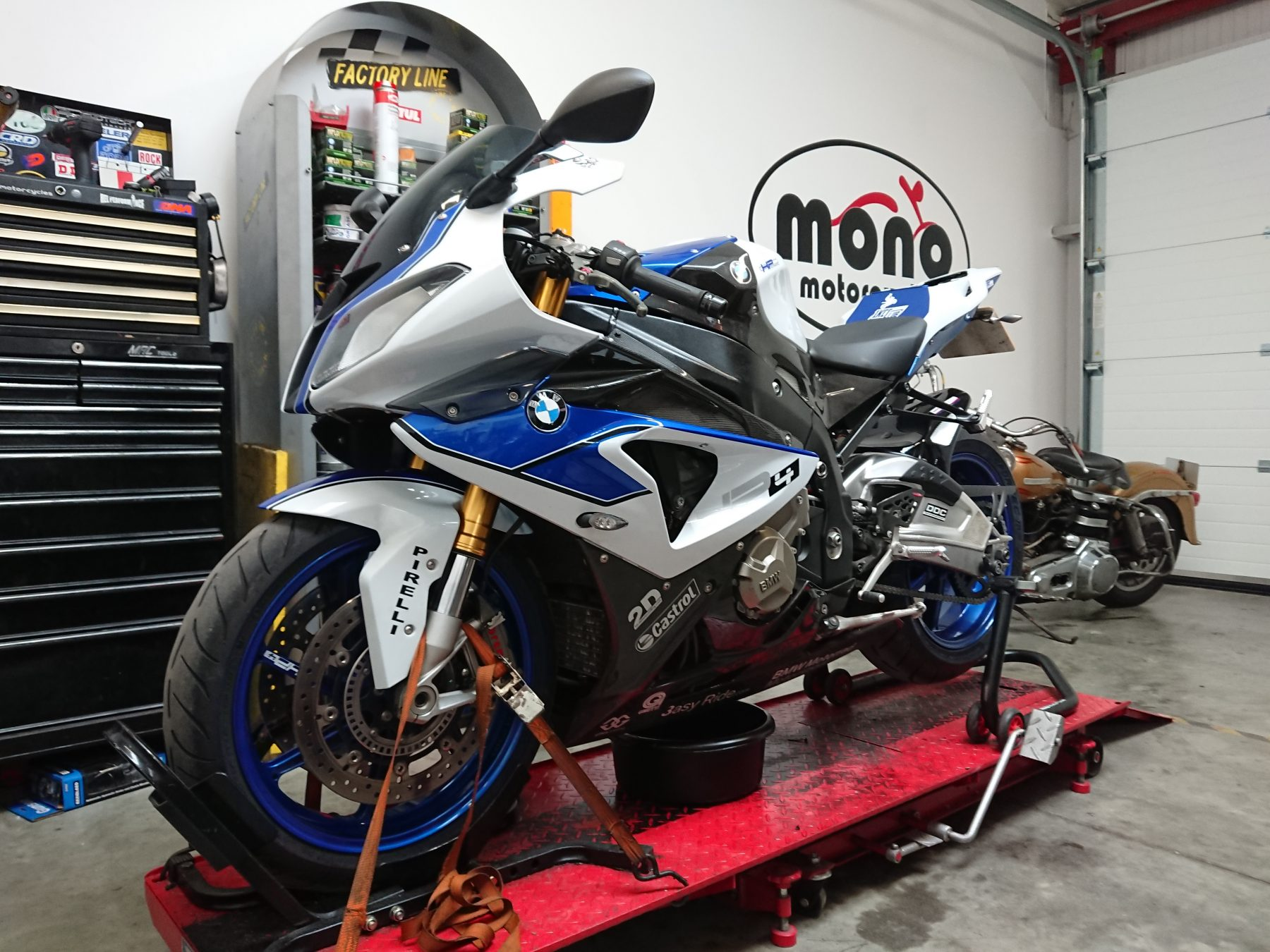 The BMW S1000RR HP4 joined us for servicing & quickshifter reset.