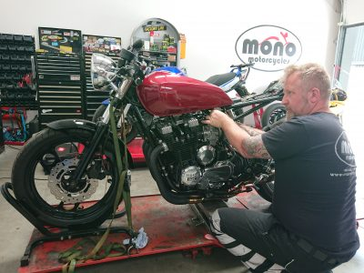 The Yamaha XJ900 Cafe Racer was then back on the ramp on Wednesday, for new shock fitting.