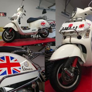 On Tuesday we welcomed back 'Cilla', the Vespa GTS300 for a new hugger fitting & some winter prep TLC.